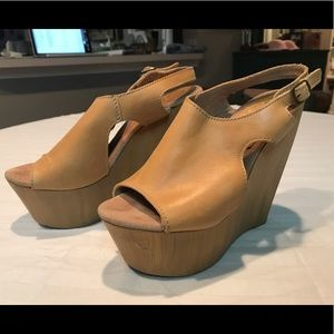 Sbicca Vintage Collection Suede Wood Wedges -Sz. 7